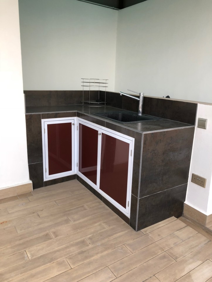 Dry kitchen at roof top.jpg