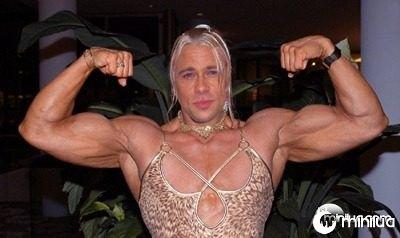 Brad-Pitt-as-Woman--31437