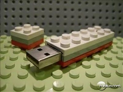 funny_usb_flash_drives_32