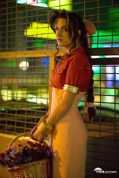 24518-aeris_cosplay_1