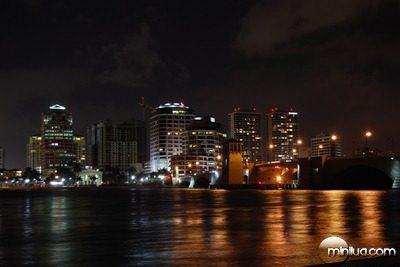 West_Palm_Beach_Skyline_Night