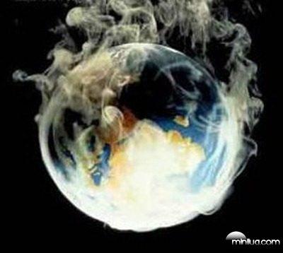 planeta-terra-e-fumaca-poluicao-fundo