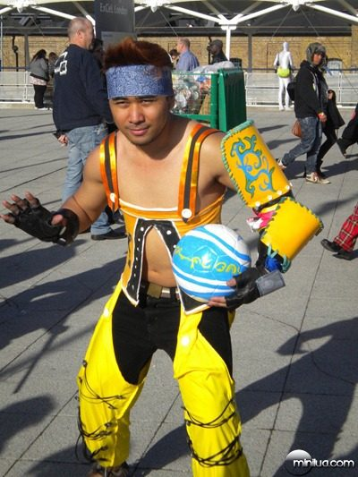 wakka_cosplay_final_fantasy_x_by_freakyzombieninja-d3334vl