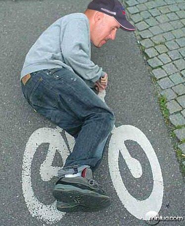 ciclista-louco-imagem-engracada