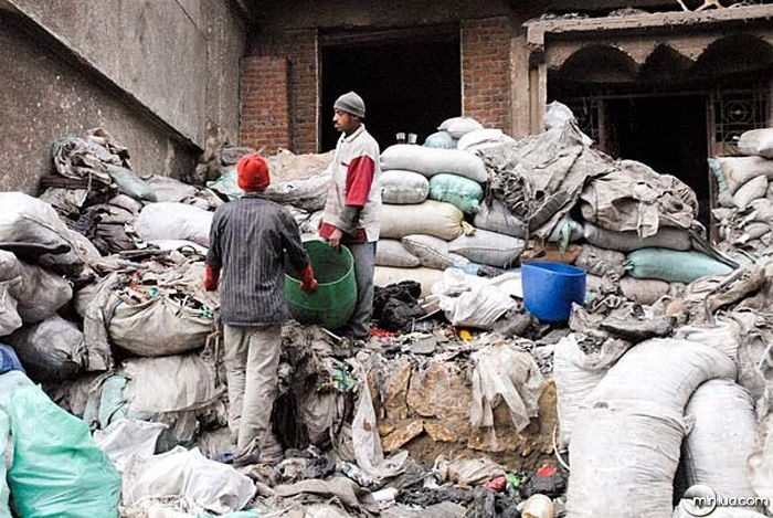 garbage_city_of_cairo_22