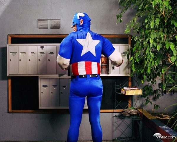 super-heroes-at-home-03