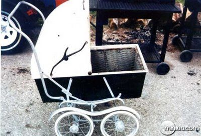 fun_weird_amazing_crazy_offbeat_baby-carriage-bbq-grill_20090718115510617