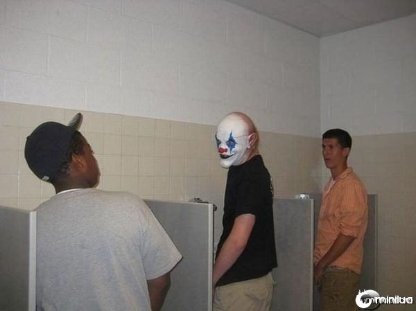Spooky-clown_mini