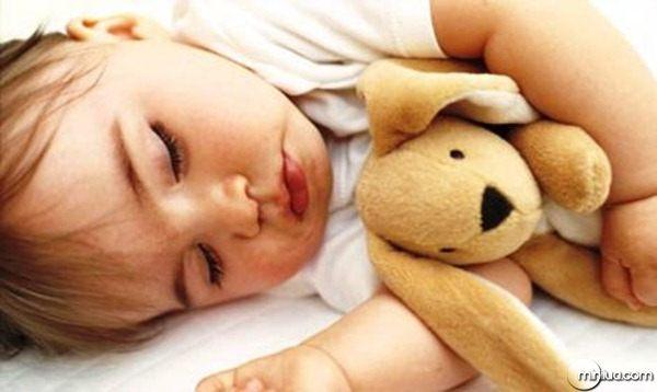 Bebês-com-dificuldade-para-dormir-podem-ter-problemas-futuros-saiba-como_470x280