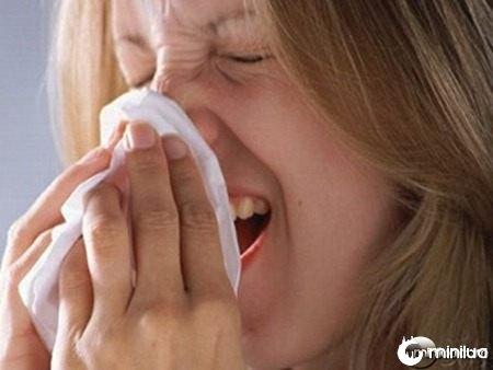 102_1953-sneezing