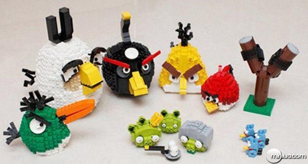 22-Esculturas-Incriveis-de-Lego0