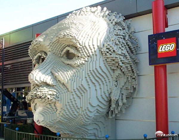 22-Esculturas-Incriveis-de-Lego12
