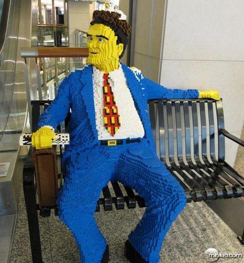 22-Esculturas-Incriveis-de-Lego3