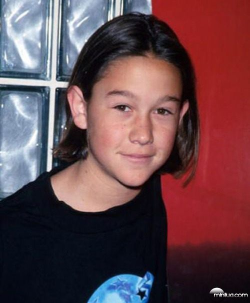 famous_celebrities_as_kids_and_in_the_present_day_640_05