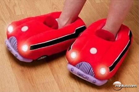 a98339_slippers_10-iluminated-car