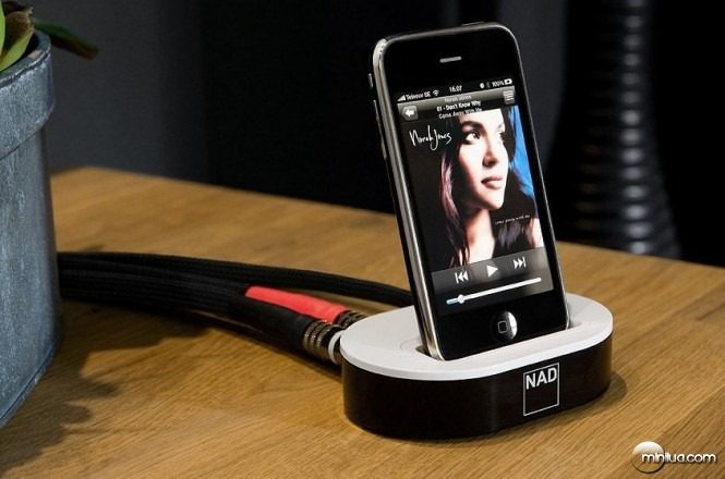 ipod-to-entertainment-system-665x440