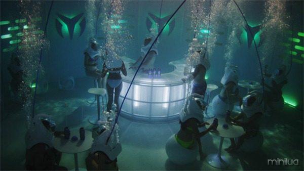 Underwater-Nightclub