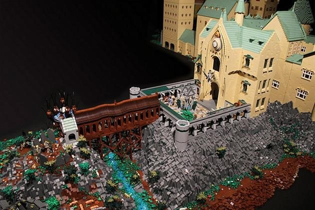 LEGO-Harry-Potter-Hogwarts-School-of-Witchcraft-and-Wizardry-9