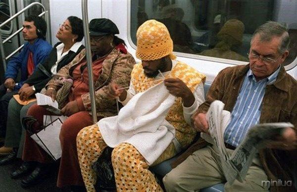 Um-dia-normal-no-metrô
