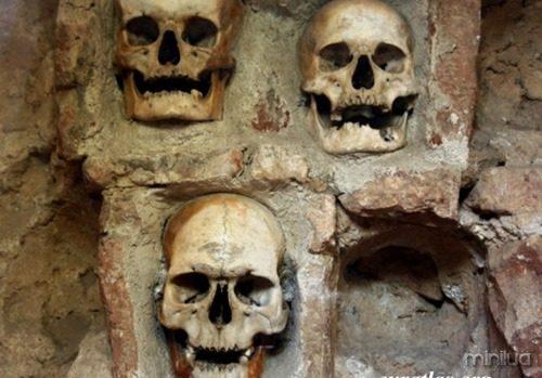 nis_skull_tower