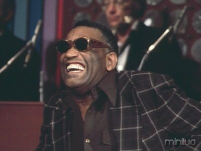 ray-charles-laughing
