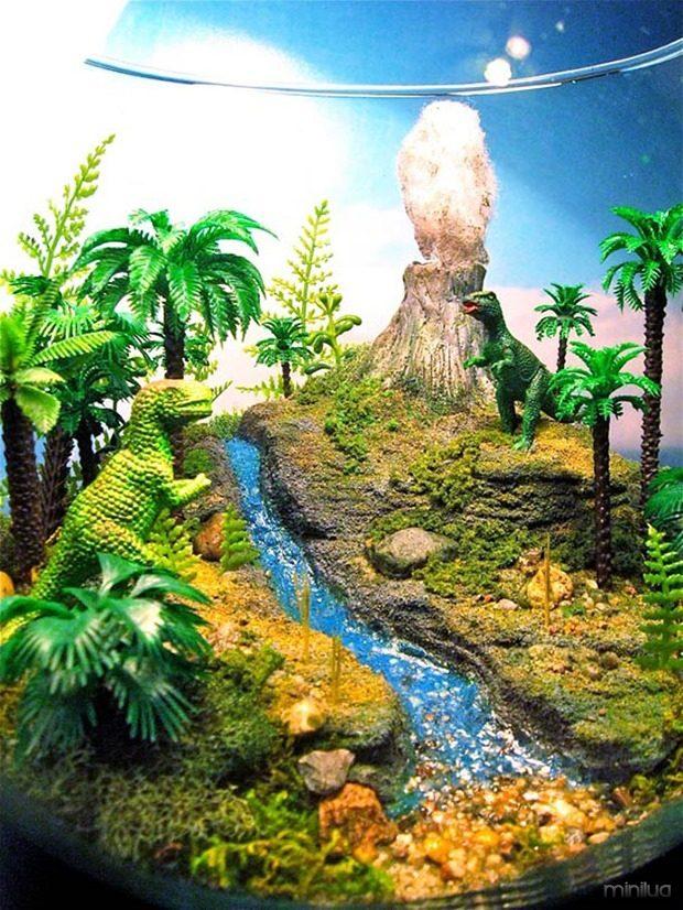 Esculturas-dentro-de-um-aquário-5