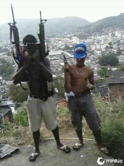 Armas_favela_brasil