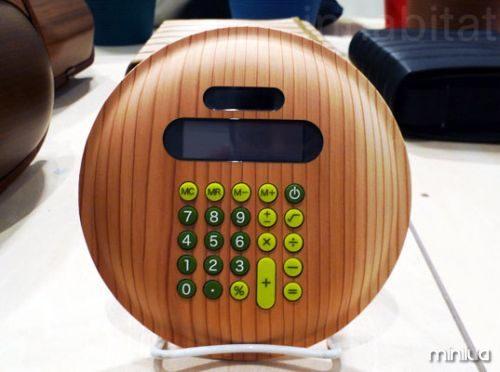 Wooden-Calculator