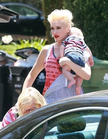 Gwen Stefani Family Spend Fourth Grandpa xvDLb4XYLz7x