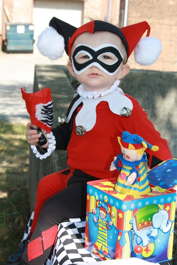 baby_harley_quinn_cosplay_by_cimmerianwillow-d4e0evs