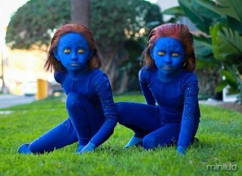 twin-kid-cosplay-2-600x400