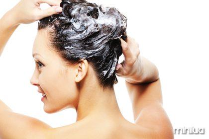pode-lavar-os-cabelos-todo-dia