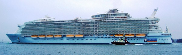MS-Allure-of-the-Seas-Biggest-Cruise-Ship-2