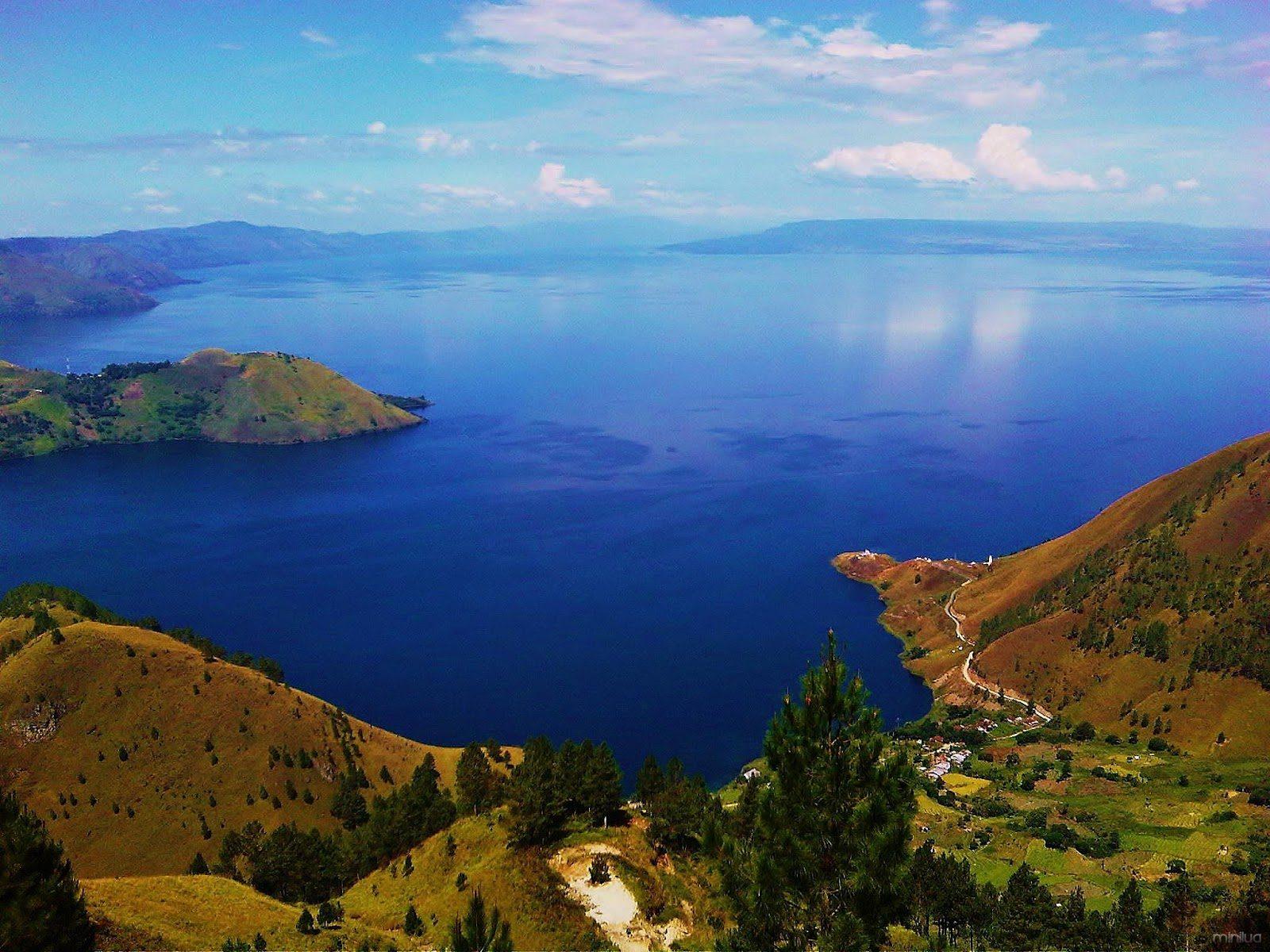 Lake-Toba2