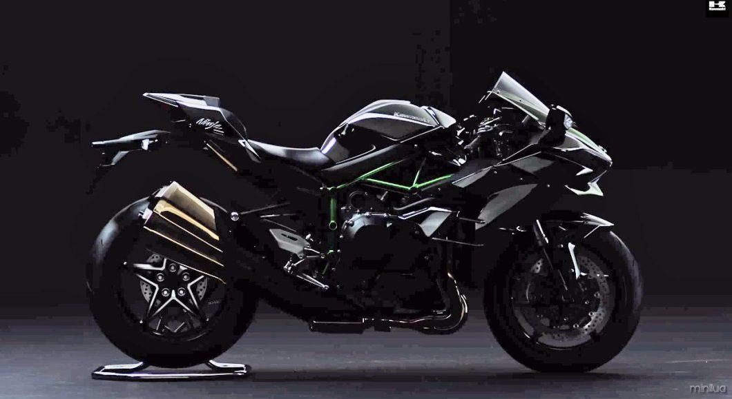 2014-10-2015-Kawasaki-Ninja-H2-Street-Brightened