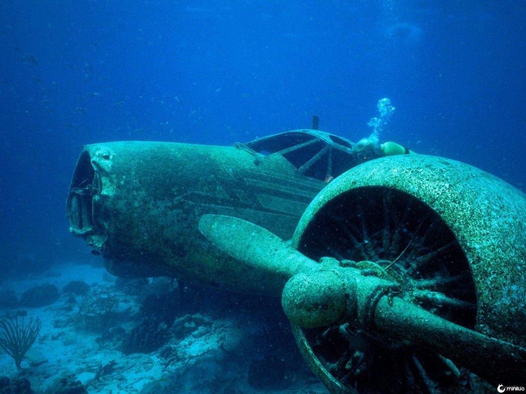 5-sunken-plane-aruba