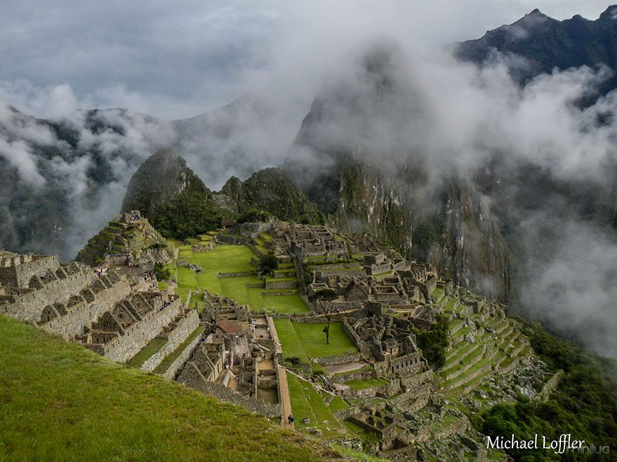 travel-photography-around-world-depression-michael-loffler-6