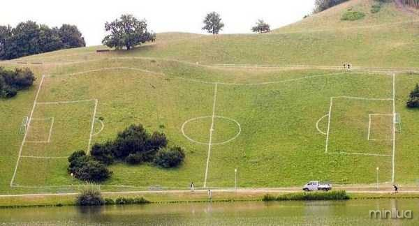 unusual-soccer-fields (21)