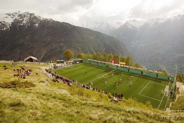unusual-soccer-fields (18)