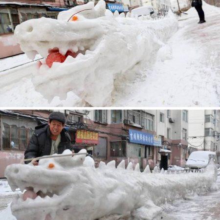 a98830_snow-sculpture_12-dragon