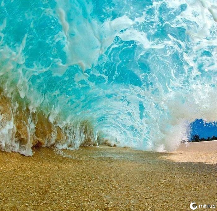 Sob uma onda