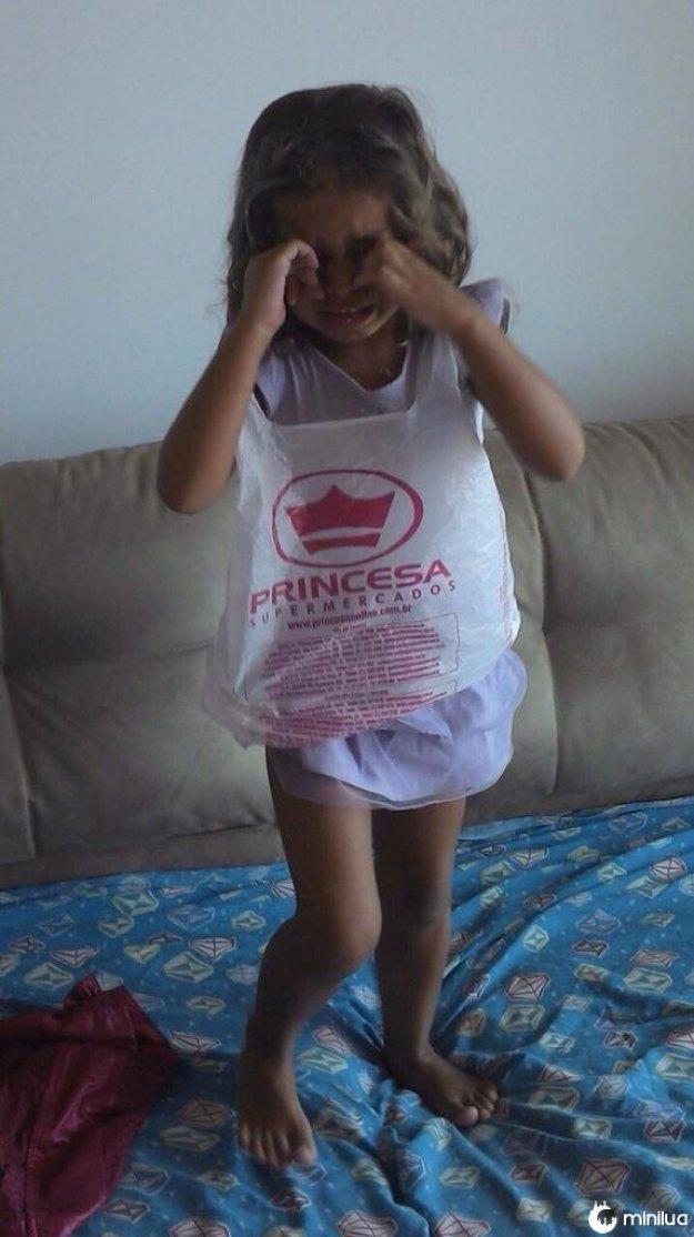 Um vestido de princesa para sua filha?