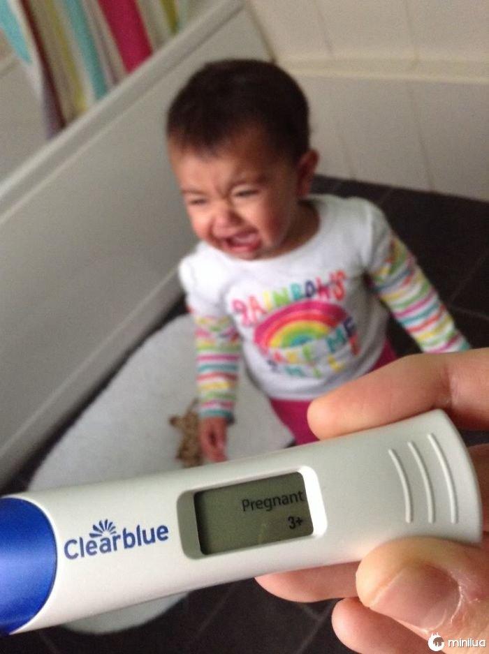 Alguém não está feliz sobre o anúncio da gravidez