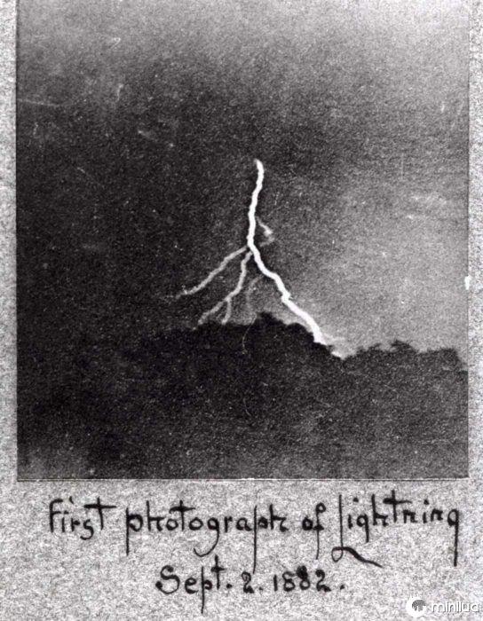 primeira fotografia do relâmpago