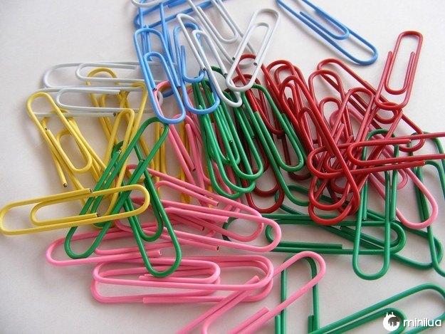 Ou estes clipes coloridos: