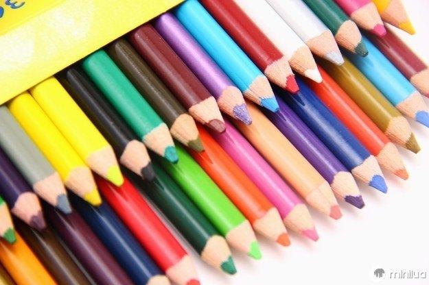 Logo substituídos pela caixa de 36 ou 48 de lápis de cor.