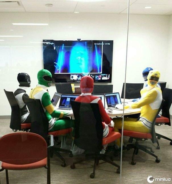 Reuniões importantes de negócios no trabalho hoje