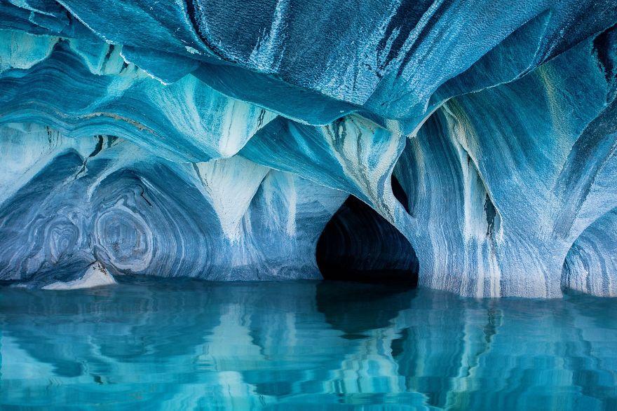 Menção Honrosa, Natureza: Cavernas de mármore, Chile