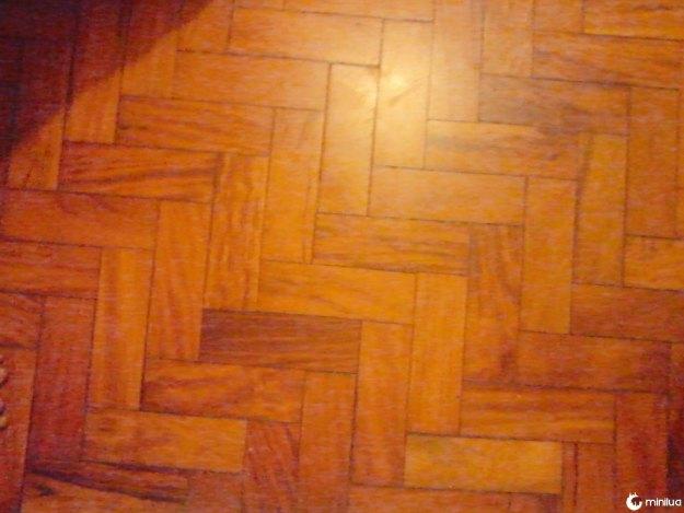 Você sabe dar valor a um belo chão de madeira.