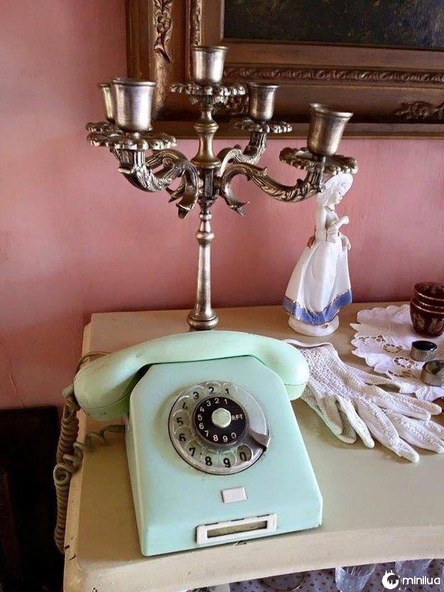 Assim como discar um número de telefone neste aparelho.